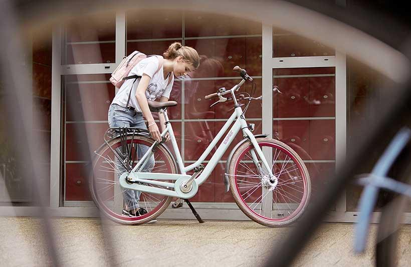 Pannensichere Reifen und problemloser Transport der schweren Schultasche.