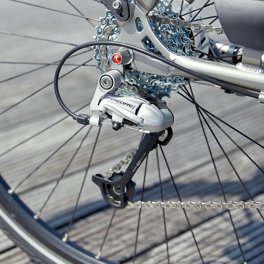 Mit dem sportlichen Vento fahren ist fast wie fliegen. Die Shimano-Gangschaltung erfreut sowohl sportliche Fahrer als auch Freizeitradler.